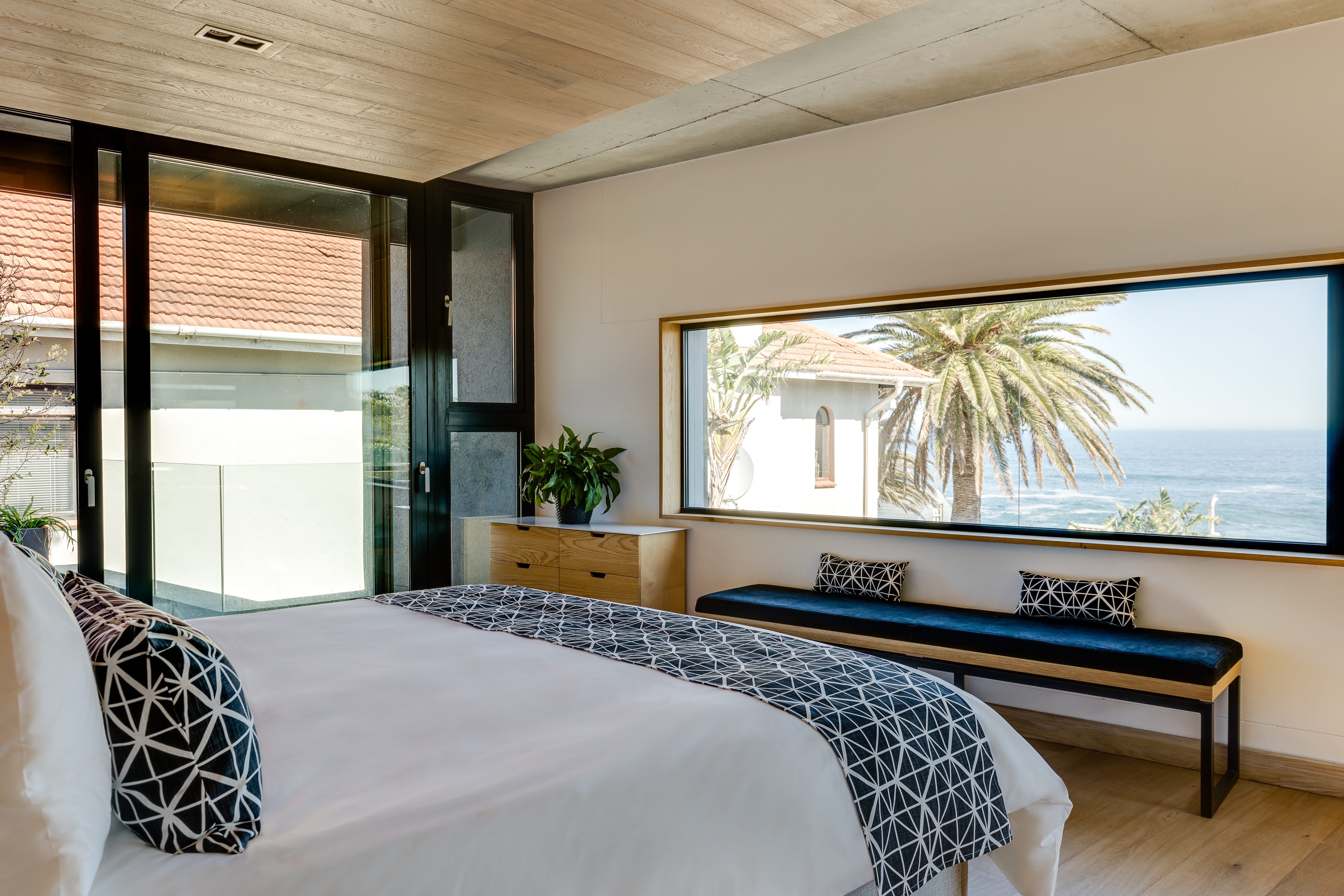 Seasky Villa Management 54 Victoria Hamish Niven Photography Bedroom 1 To The View